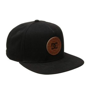 Gorras DC mujer